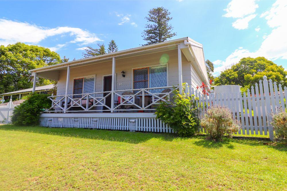 embrace-cottage-catherine-hill-bay-beach-two-bedrooms