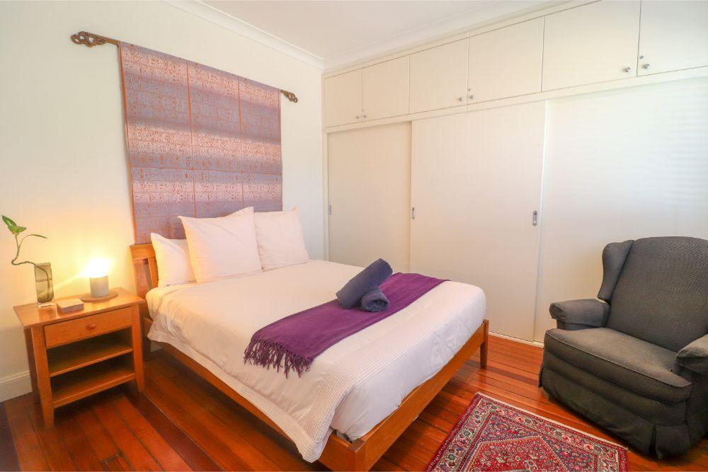 embrace-cottage-catherine-hill-bay-bedroom