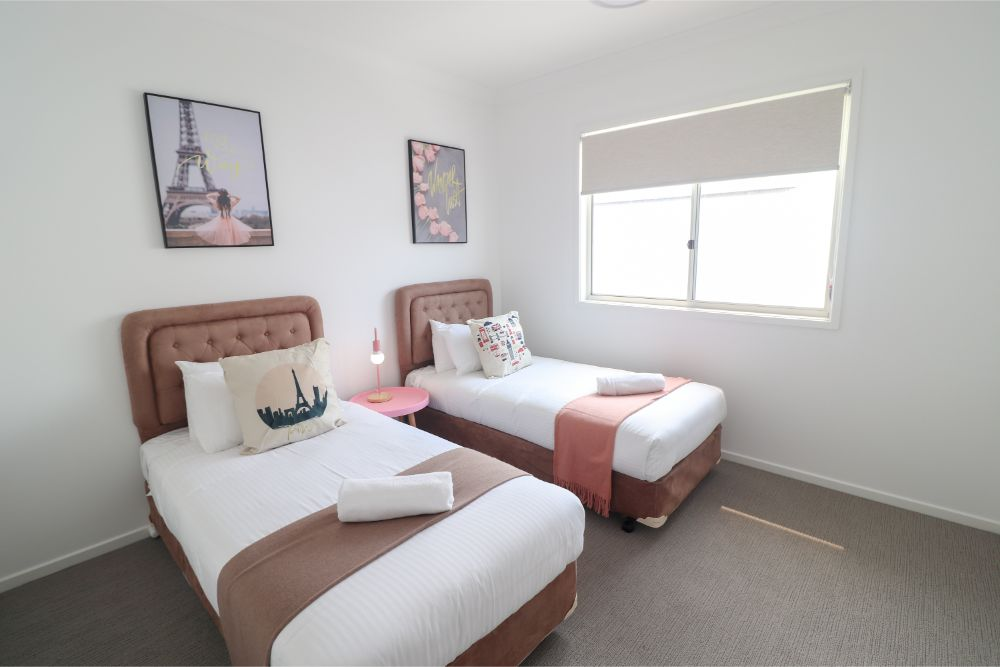 surfers-paradise-catherine-hill-bay-bedroom