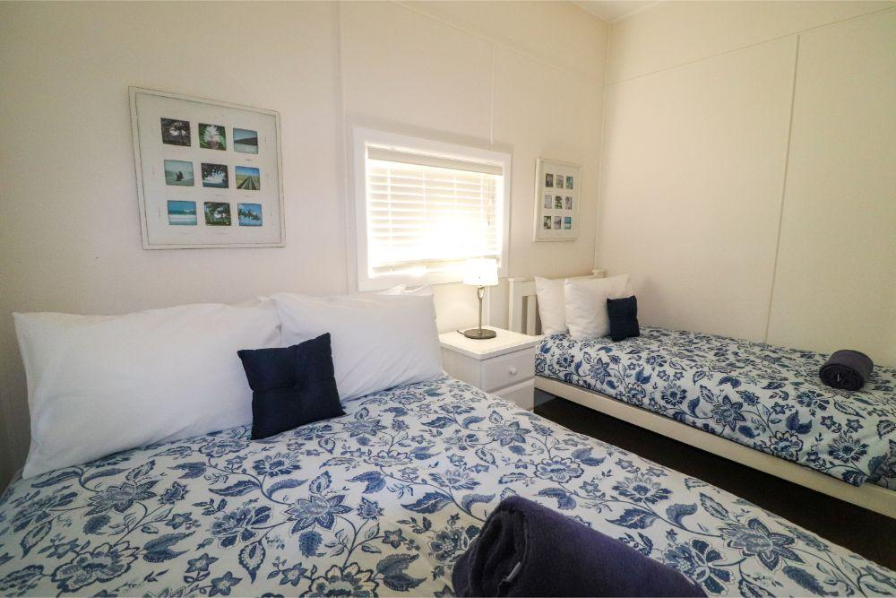 catho-cottage-catherine-hill-bay-bedroom