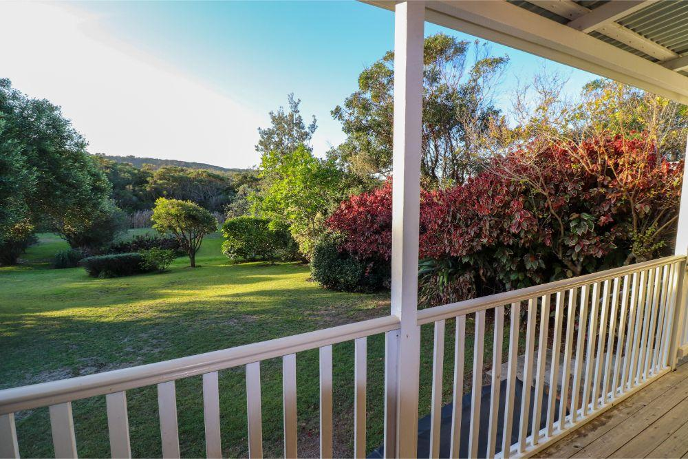 catho-cottage-catherine-hill-bay-veranda